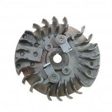 Smagratis kiniškiems pjūklams 45cc metalinis